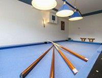 billiard-2.jpg