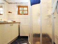 badezimmer-ferienhaus.jpg